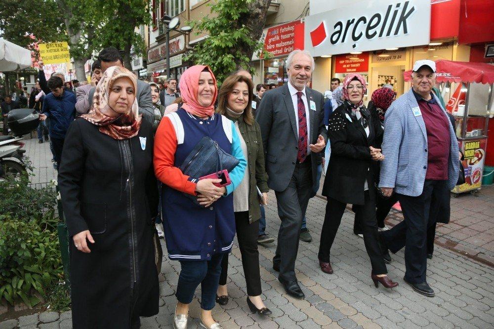 Başkan Kamil Saraçoğlu, 'Çölyak farkındalık yürüyüşü'ne katıldı