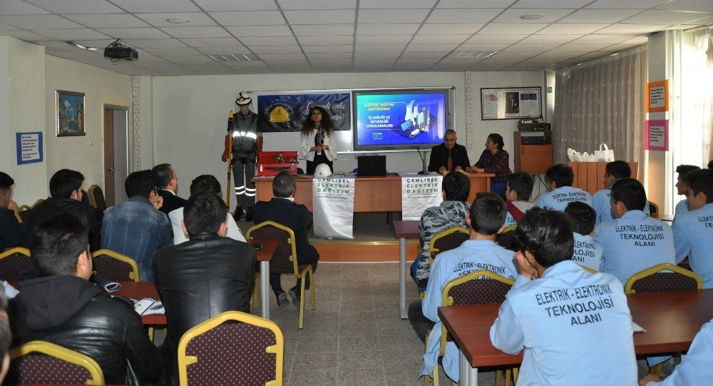 ÇEDAŞ'tan meslek lisesi öğrencilerine iş sağlığı ve güvenliği eğitimi