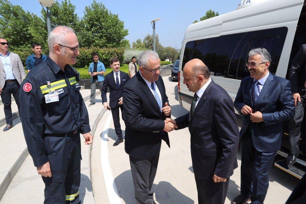 Başbakan Yardımcısı Işık Aliağa'da