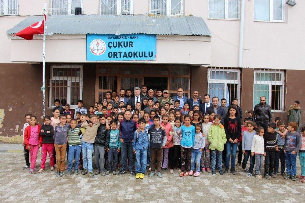 Kaymakam Yazıcı okulları gezdi