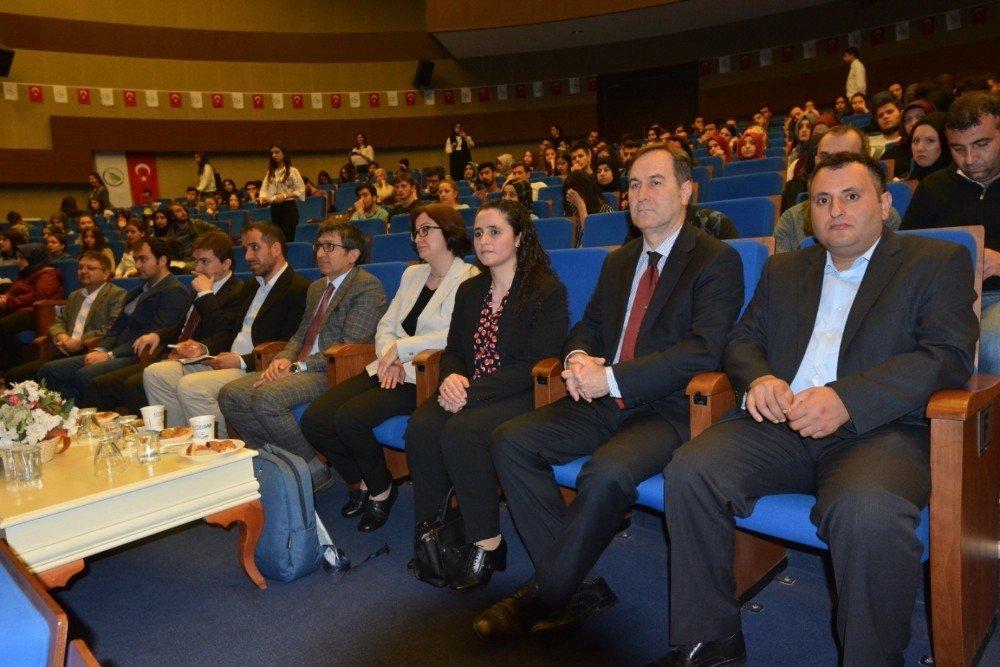 Biyomedikal Mühendisliği öğrencileri sektör temsilcileriyle buluştu