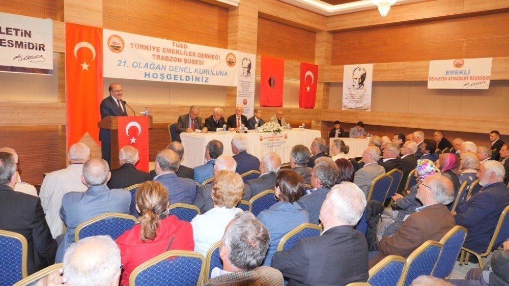 """Başkan Gümrükçüoğlu: """"Emeklilerimizi ücretsiz taşımayanın sözleşmesini yenilemedim"""""""