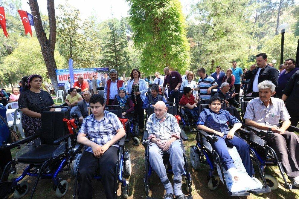 Büyükşehir'den engelli vatandaşlara bahar pikniği