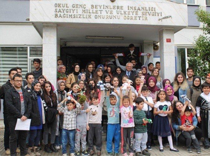 Genç Sağlıkçılarla Haydi El Ele projesi tamamlandı