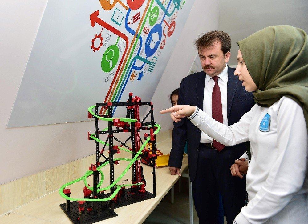 Kahramanmaraş'ta STEM merkezi açıldı
