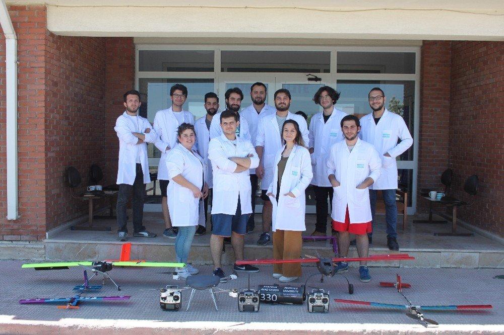 Dünya 1'incisi olan ekip TÜBİTAK'ın yarışmasına hazırlanıyor