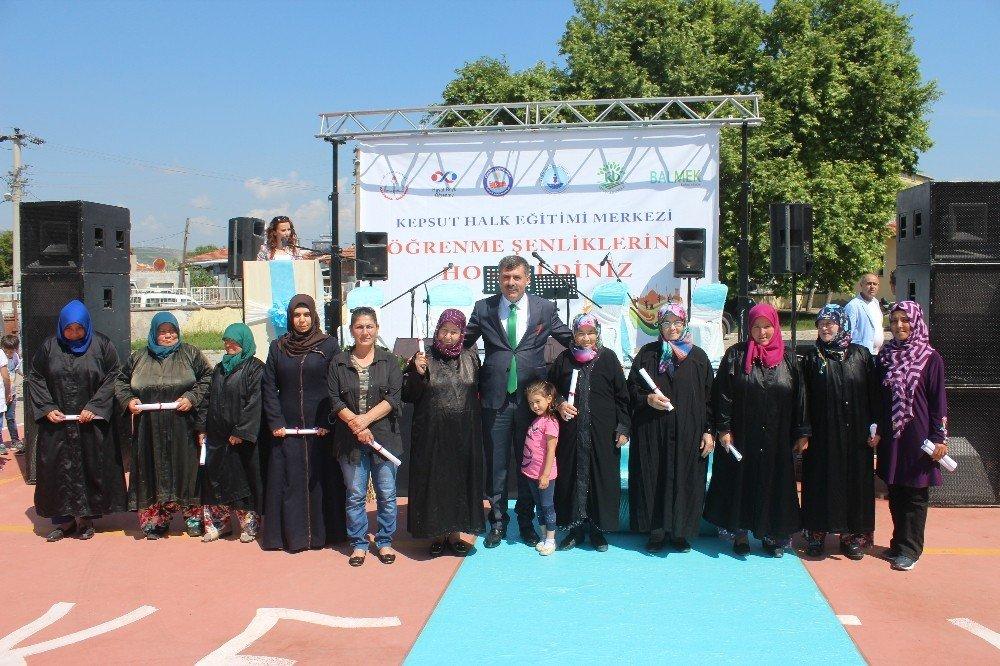 Kepsut Halk Eğitim Merkezi yılsonu sergisi açılışı yapıldı