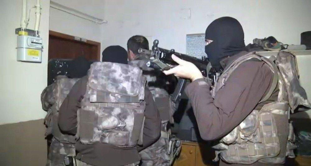 Kocaeli'de dev uyuşturucu operasyonu: 25 gözaltı