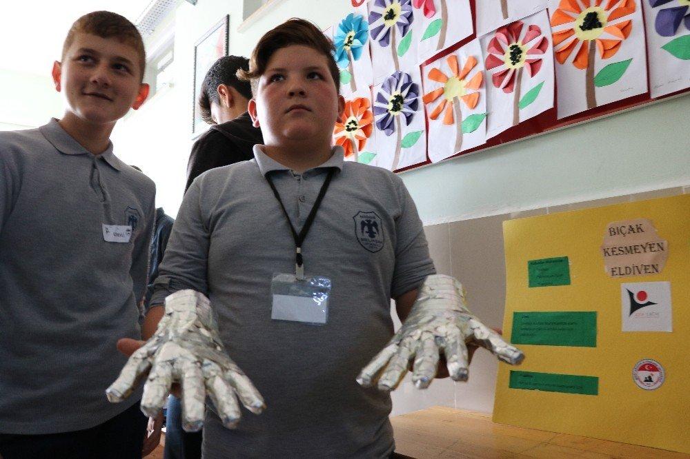 Okullarda Tubitak 4006 bilim fuarları başladı
