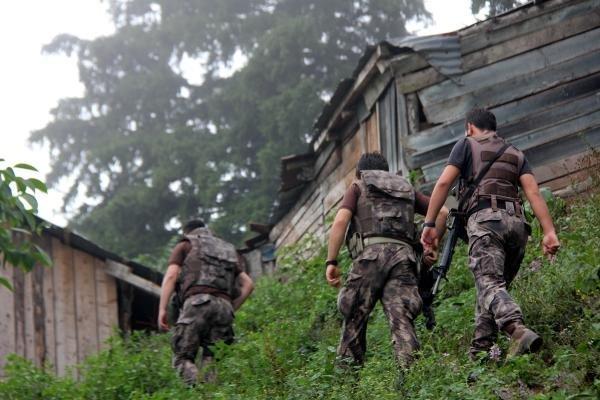 PKK'lı teröristler yayla evlerinden erzak çaldı