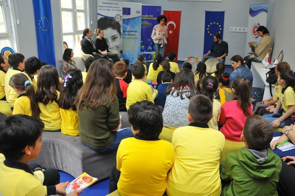 Çocuklara Avrupa masalları anlatıldı