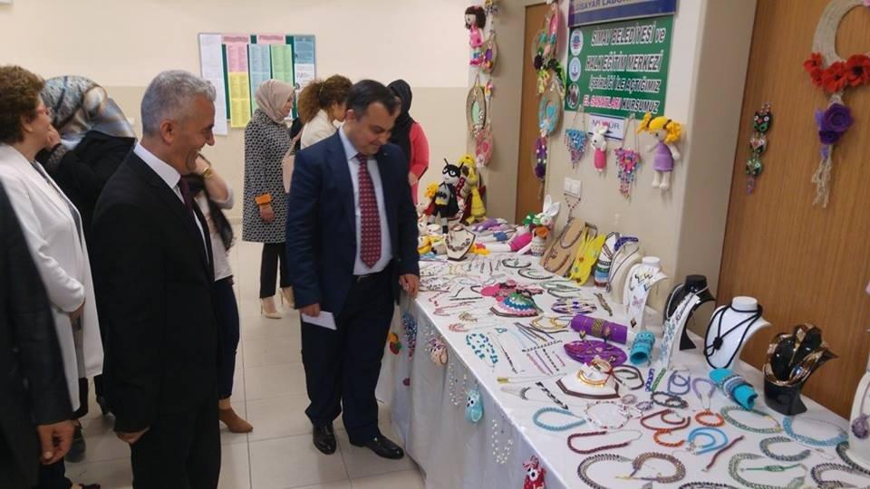 Halk Eğitim Merkezi'nden yıl sonu sergisi