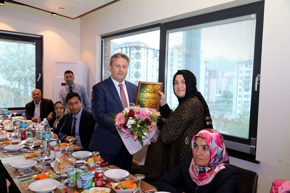 Başkan Palancıoğlu'dan Çölyaklılara destek
