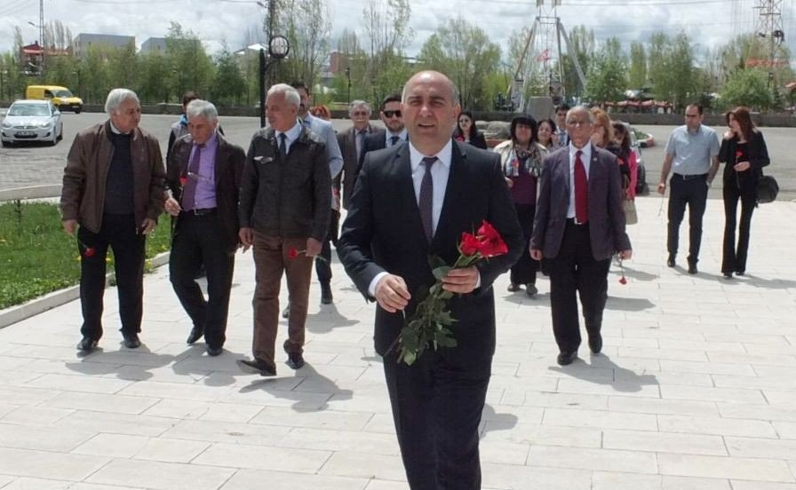 """Başkonsolos Guliyev: """"Ermenistan'da Sarkisyan gitti, Paşinyan geldi. Ama hiçbir şey değişmeyecek"""""""