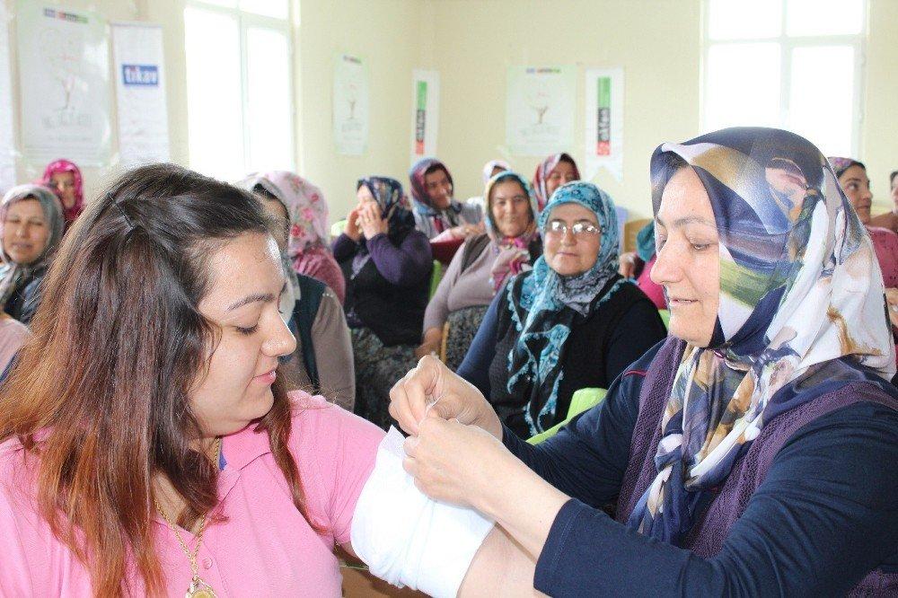 Kırsal bölgelerdeki kadınlara yönelik 'Önce Sağlık' projesi Konya ve Kayseri'de