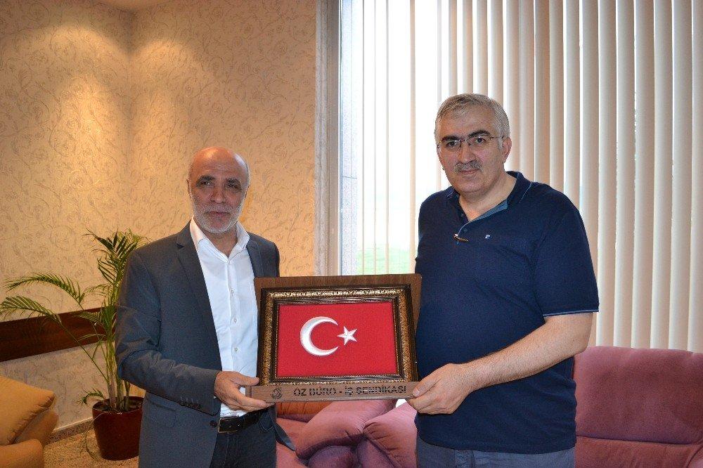 Öz Büro İş Sendikası Genel Başkanı Baki Gülbaba Erzurum'da