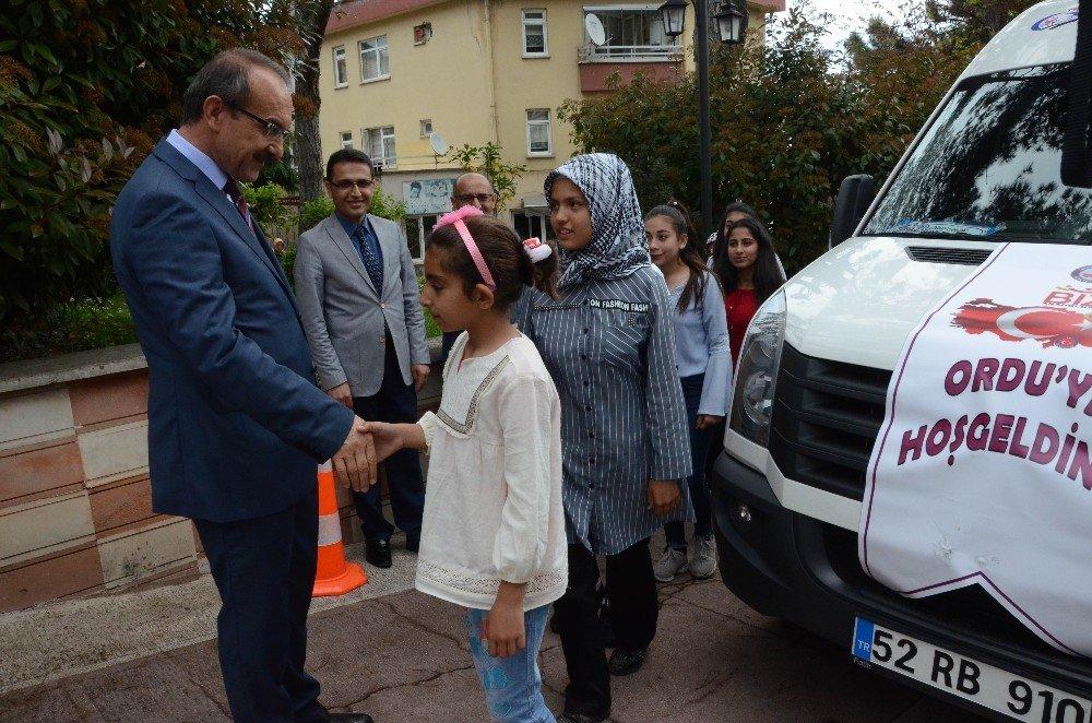 Kilis'ten Ordu'ya gelen öğrenciler törenle karşılandı