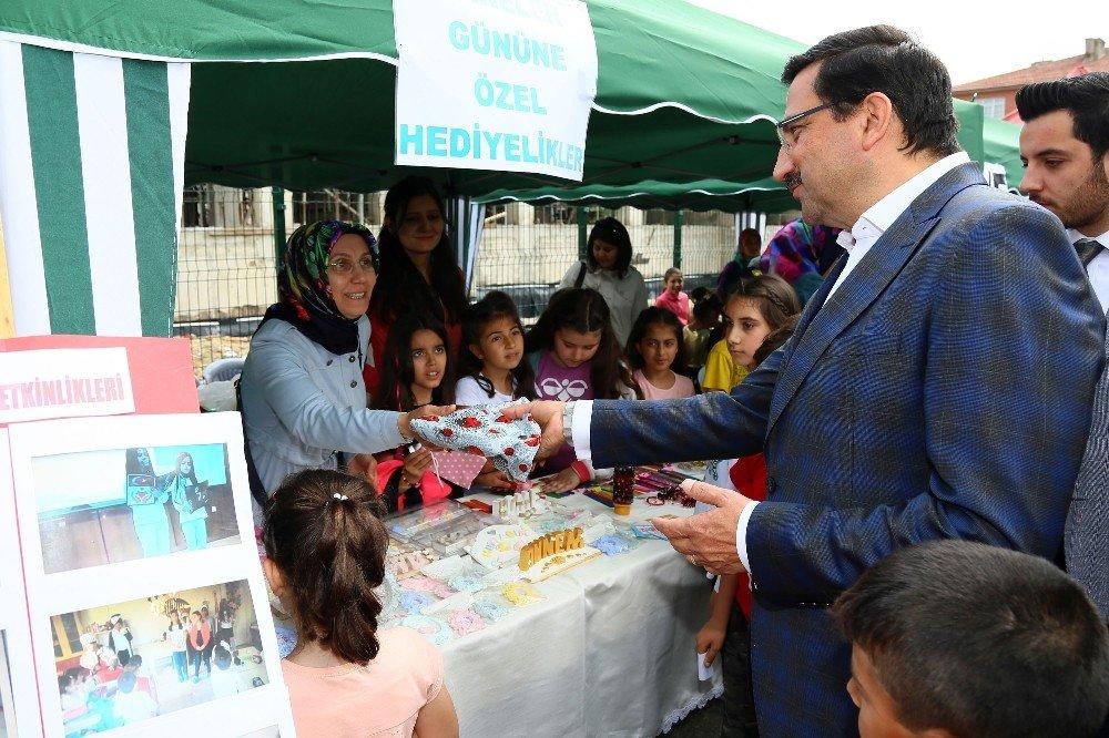 Başkan Ak'tan okul ziyaretleri