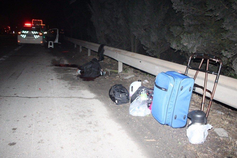 Tem'de yol kenarında lastik değiştiren cipe tır çarptı: 1 ölü 1 yaralı