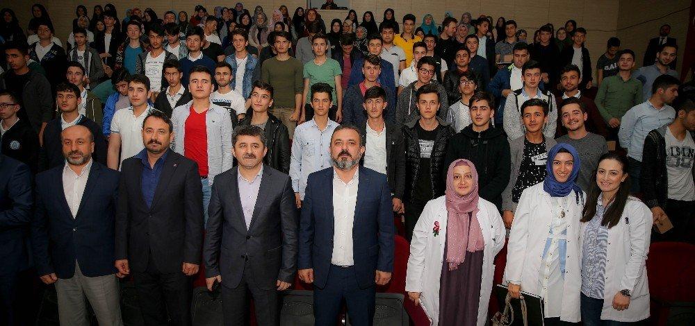 Başkan Ercan, gençlerle buluştu