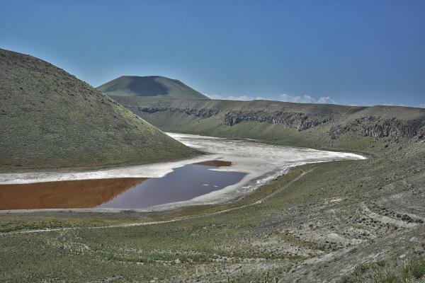 'Dünyanın nazar boncuğu' Meke Gölükurudu (Tekrar)