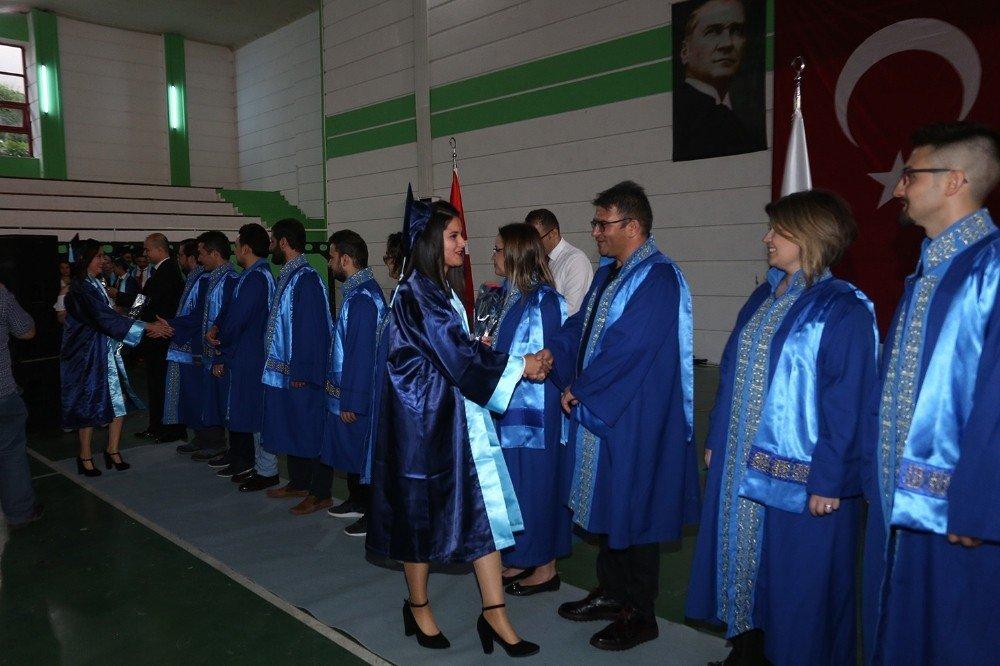 Kale MYO'de mezuniyet heyecanı yaşandı