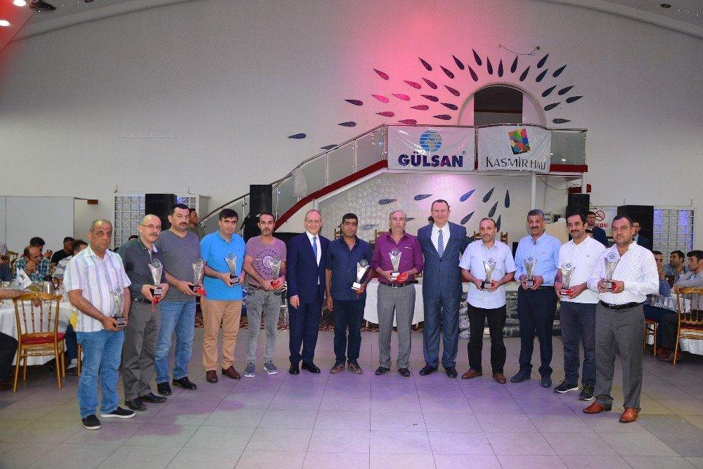 Gülsan Holding ve Topçuoğlu Otomotiv çalışanları iftarda buluştu