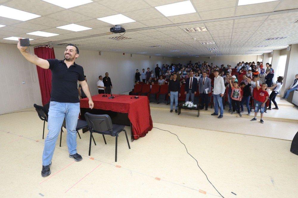 Çukurca'da başarı konferansı