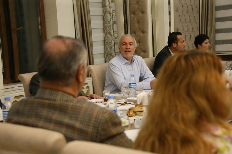 Başkan Kamil Saraçoğlu 'Basınla sahur'da buluştu
