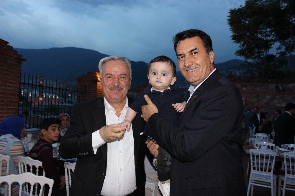 Osmangazi Belediye Meclisi iftarda buluştu