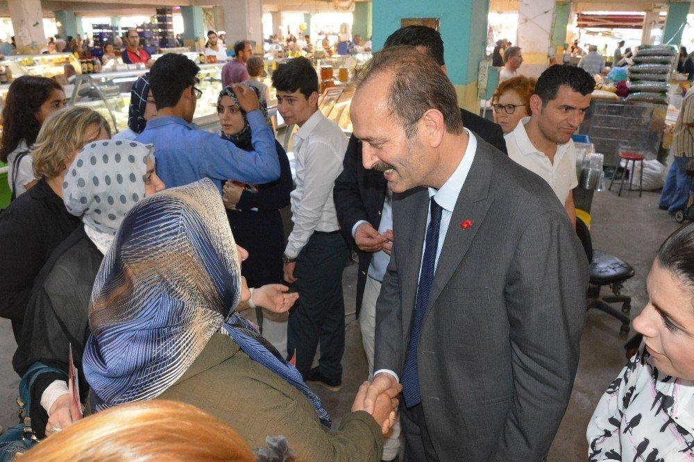 MHP'li Osmanağaoğlı, Bornova'da seçmenlerle buluştu