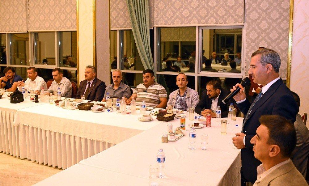 Başkan Çınar ilçe protokolünü iftarda ağırladı