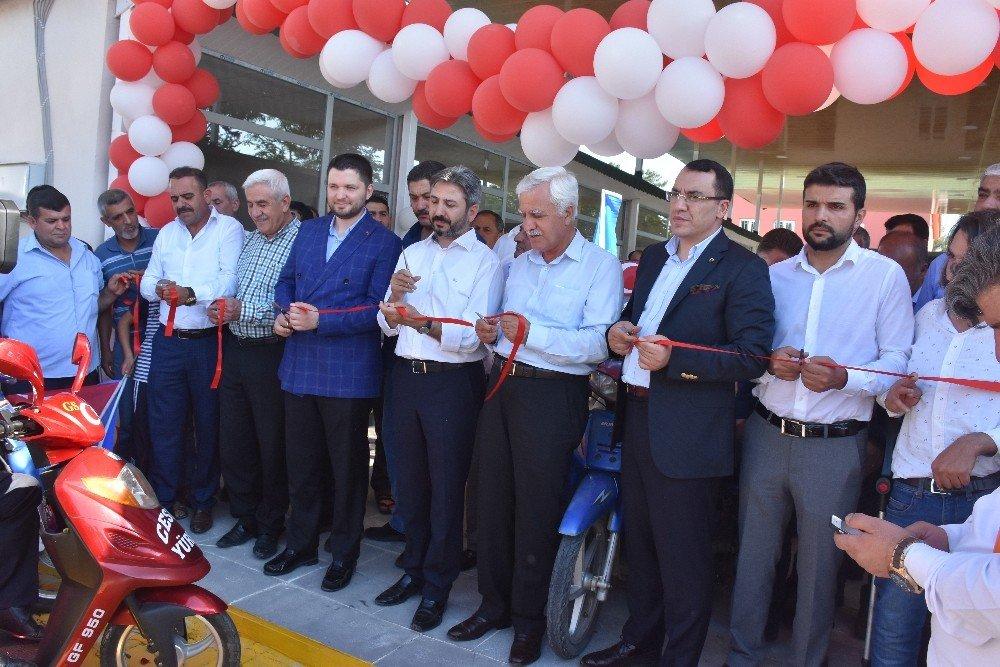 Kahta'ya turistik sanat çarşısı açıldı