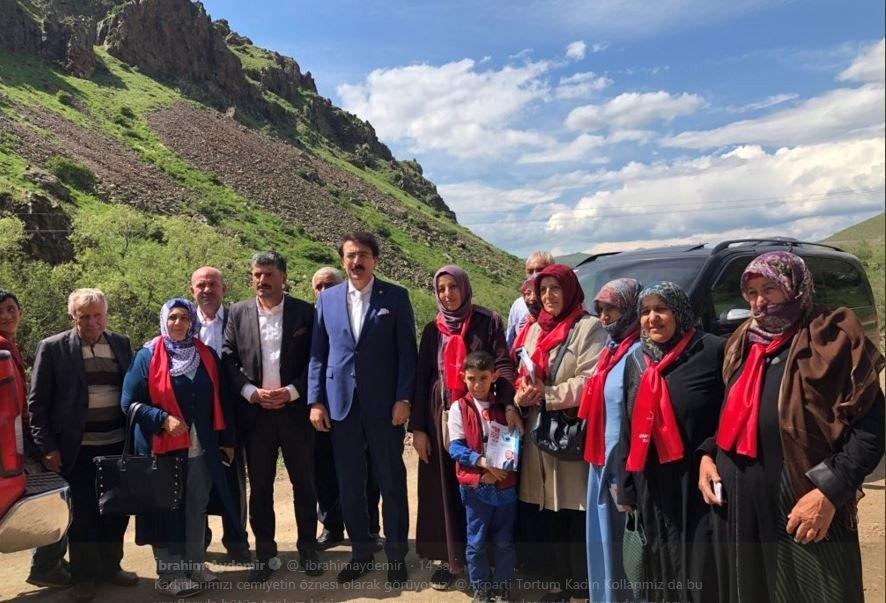 Aydemir: 'Dadaş anaları cumhurbaşkanımıza duacı'