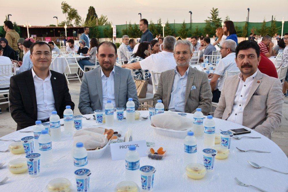 """Baybatur: """"Türkiye'yi, karanlık günlere döndürmeyi başaramayacaklar"""""""