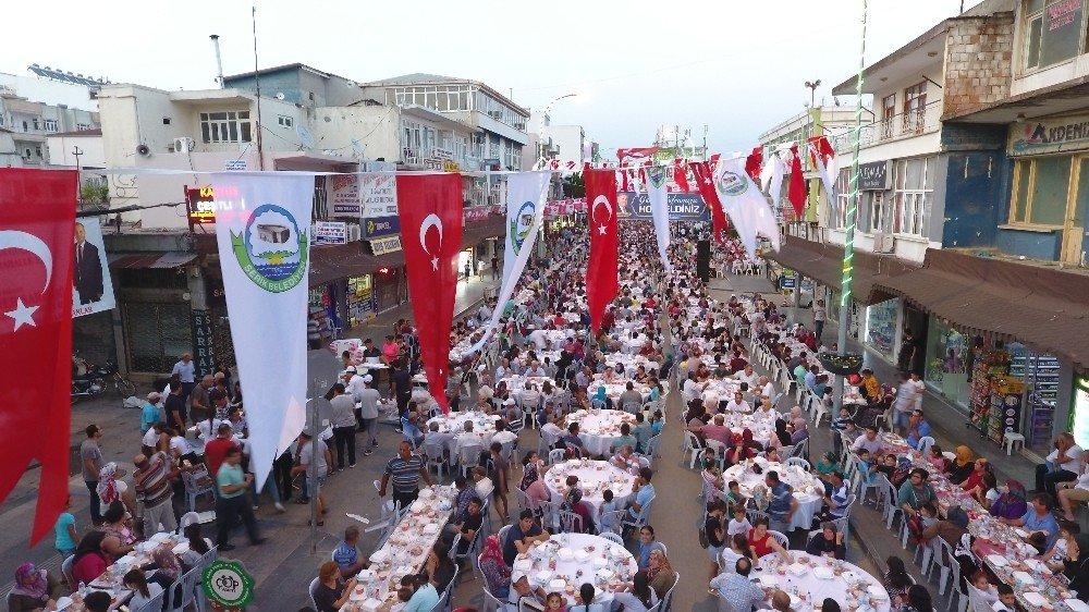 Serik'te 15 bin kişilik iftar