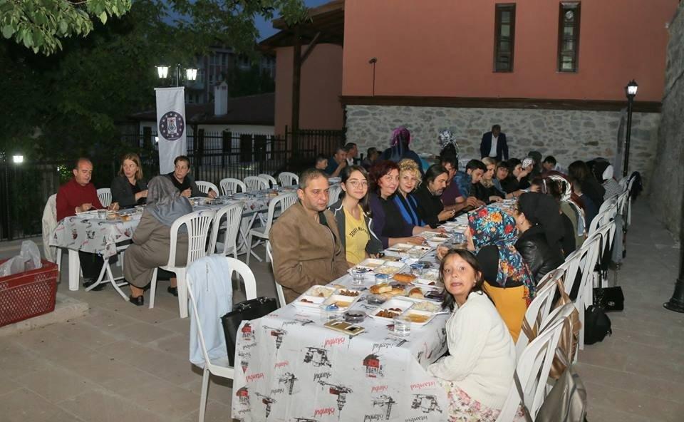 Kadın Çalışma Merkezi'nde iftar