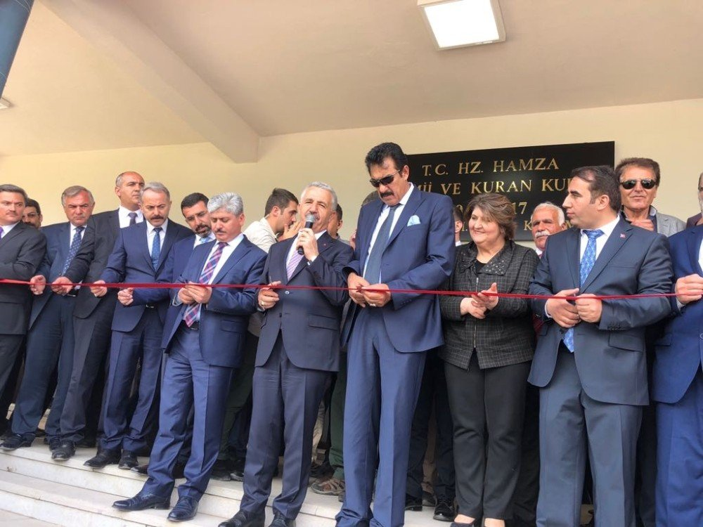 """Bakan Arslan: """"Kağızman'ı yeniden inşa ettik"""""""