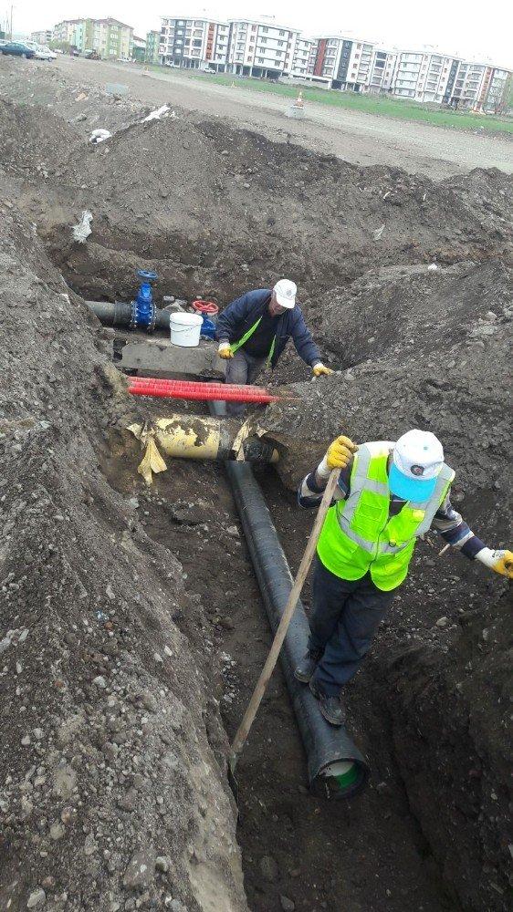 Büyükşehir içme suyu şebeke yenileme çalışmalarına devam ediyor