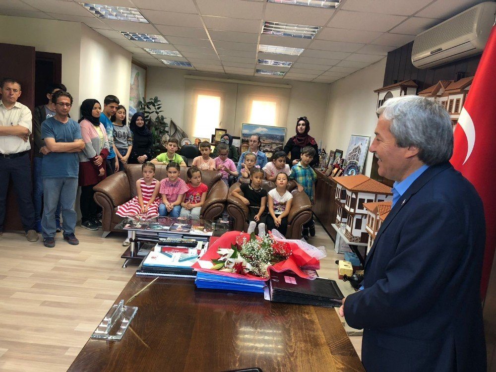 Öğrencilerden teşekkür ziyareti
