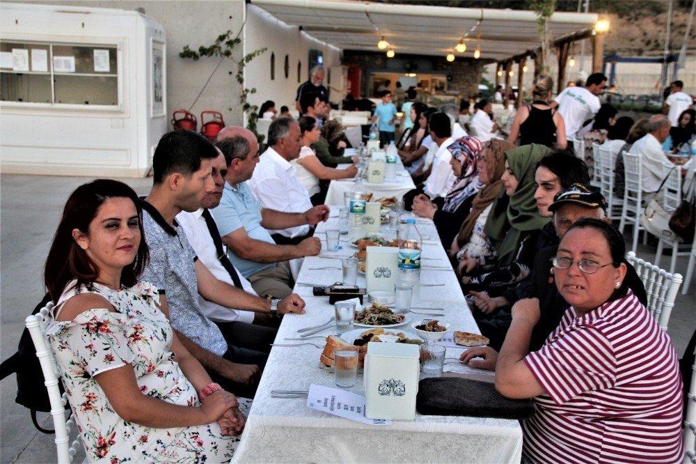 Datça Kaymakamlığından şehit aileleri ve gazilere iftar yemeği