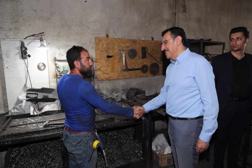 Bakan Tüfenkci'den Avusturya'nın cami kapatma kararına sert tepki