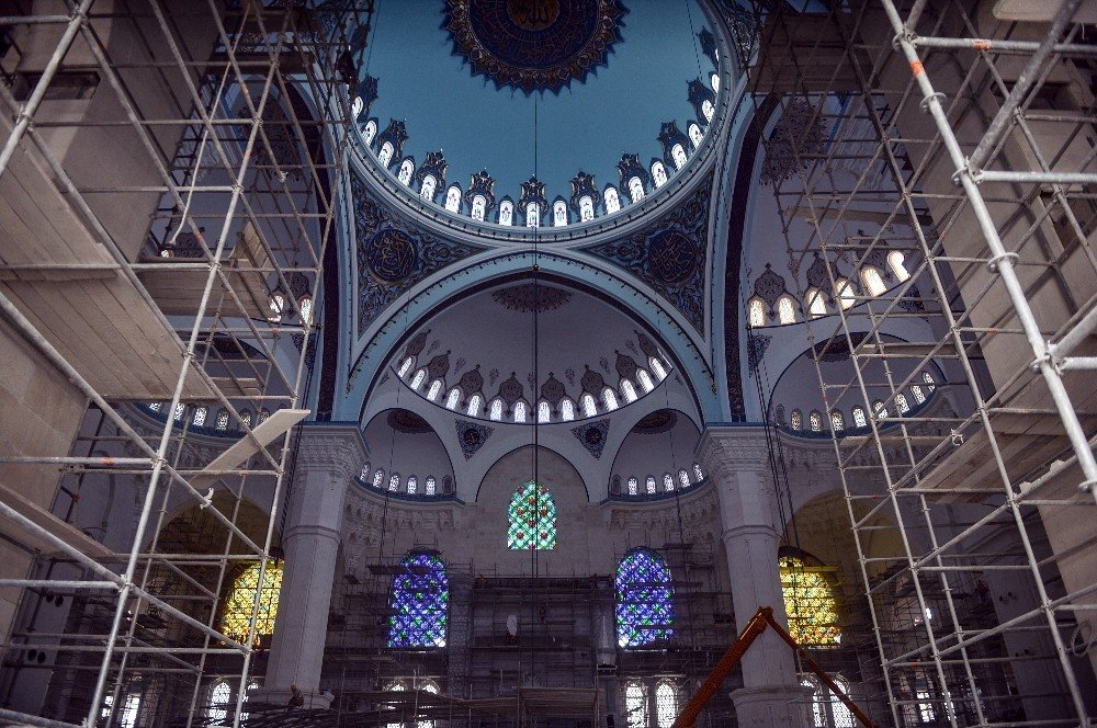 Çamlıca Camii'nde geri sayım başladı