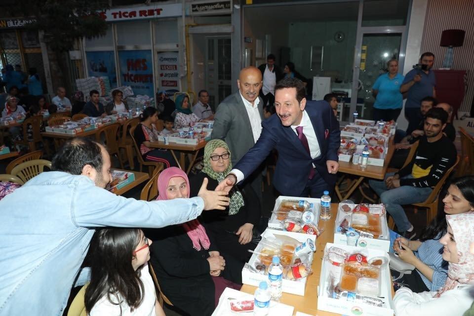 """Erdoğan Tok: """"4 yılda 20 yıllık hizmet verdik"""""""
