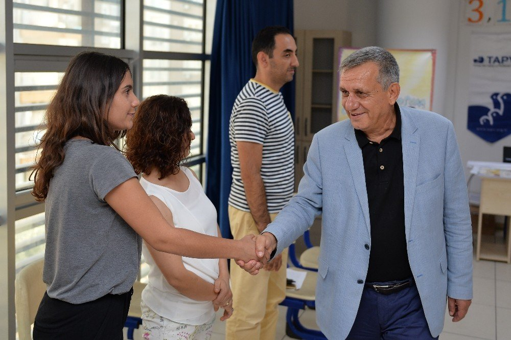 Muratpaşa öğretmenlerine sertifika