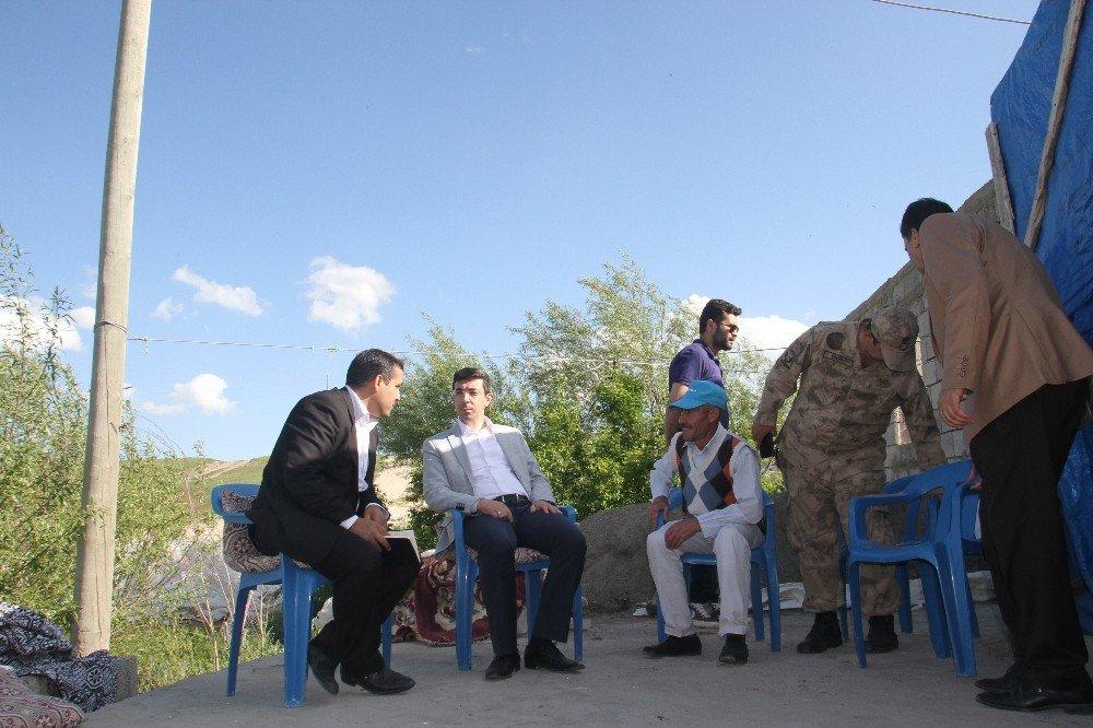 Malazgirt Kaymakamı Soner Kırlı köy gezilerine devam ediyor