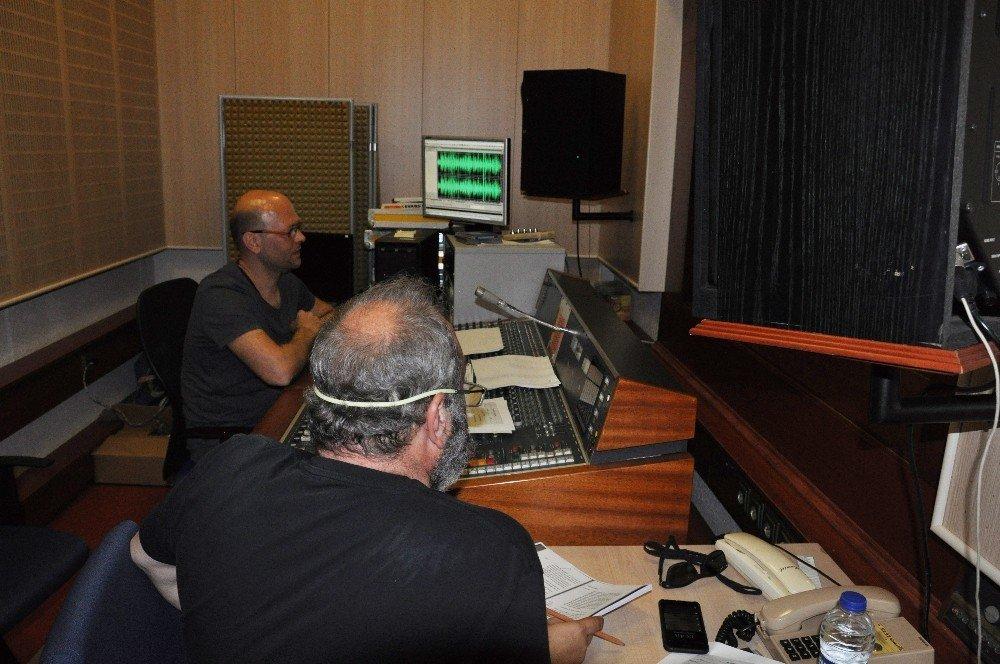 TRT İstanbul Radyosu Cahit Zarifoğlu'nu unutmadı