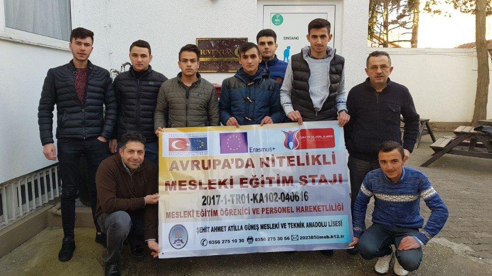 Tokat'ta 'Avrupa'da Nitelikli Mesleki Eğitim Stajı' belge dağıtım töreni yapıldı