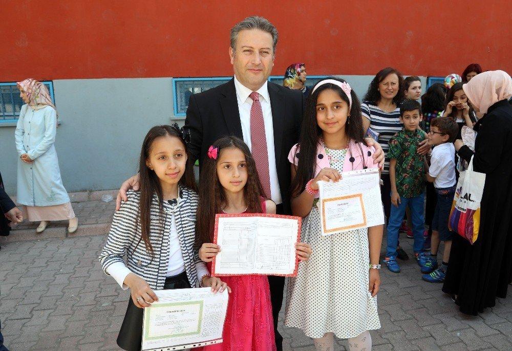 Talas'ta 27 bin 181 öğrenci yaz tatiline girdi