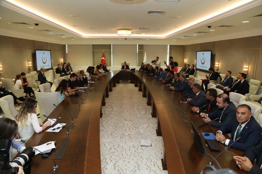 520 yataklı yeni devlet hastanesinin sözleşmesi imzalandı